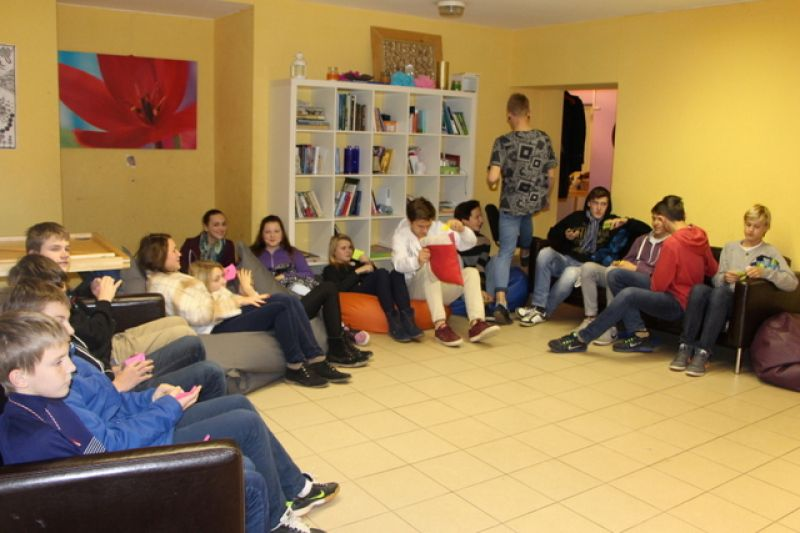 Peer educators visit the Ķekava Youth Initiative Centre | Patvērums Drošā Māja