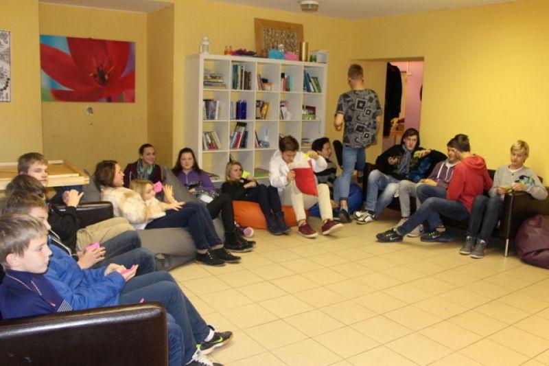 Peer educators visit the Ķekava Youth Initiative Centre | Patvērums Drošā Māja