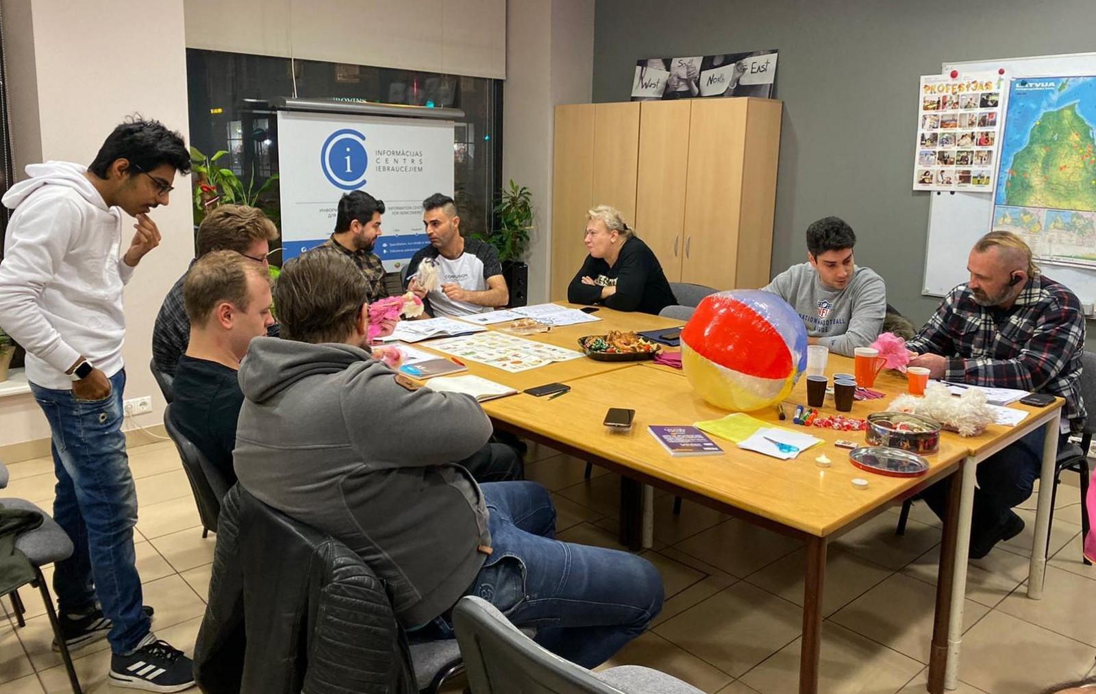 Latviešu sarunvalodas klubs Rīgā 2.12. | Patvērums Drošā Māja