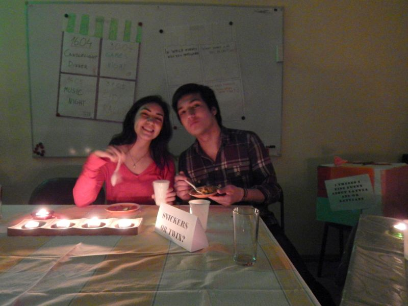 Vakariņas sveču gaismā 16.04. | Patvērums Drošā Māja