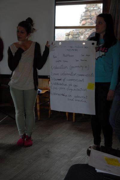Pieredzes apmaiņa un cilvēktirdzniecības mazināšana, 11. aprīlis.