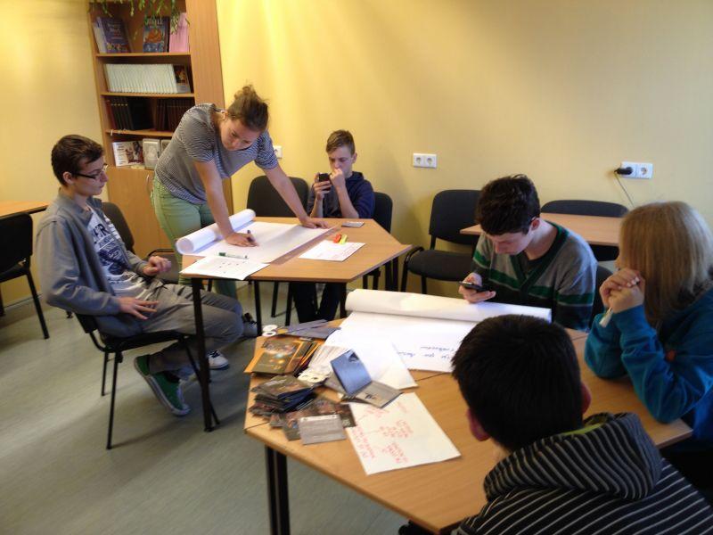 Peer educators visit schools of Tīnūži un Viļaka | Patvērums Drošā Māja