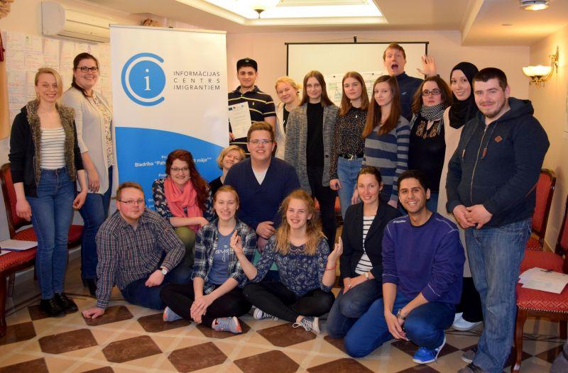 Обучение в «Школе волонтерских лидеров» | Patvērums Drošā Māja
