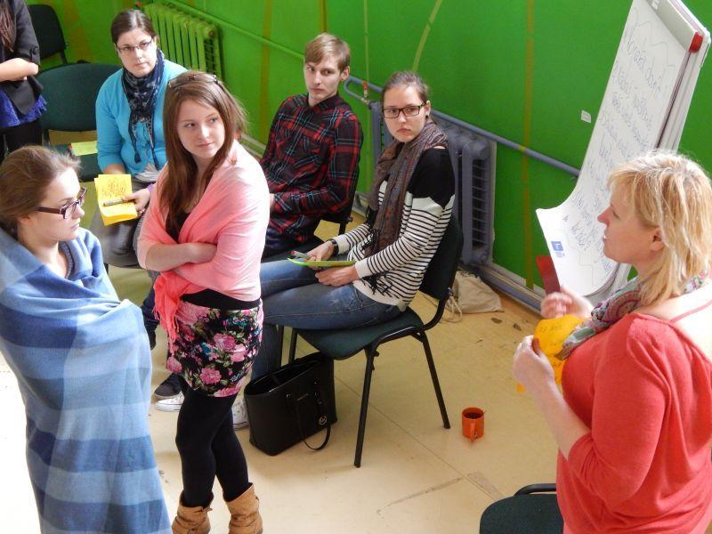 Brīvprātīgais darbs - atbalsts cits citam | Patvērums Drošā Māja